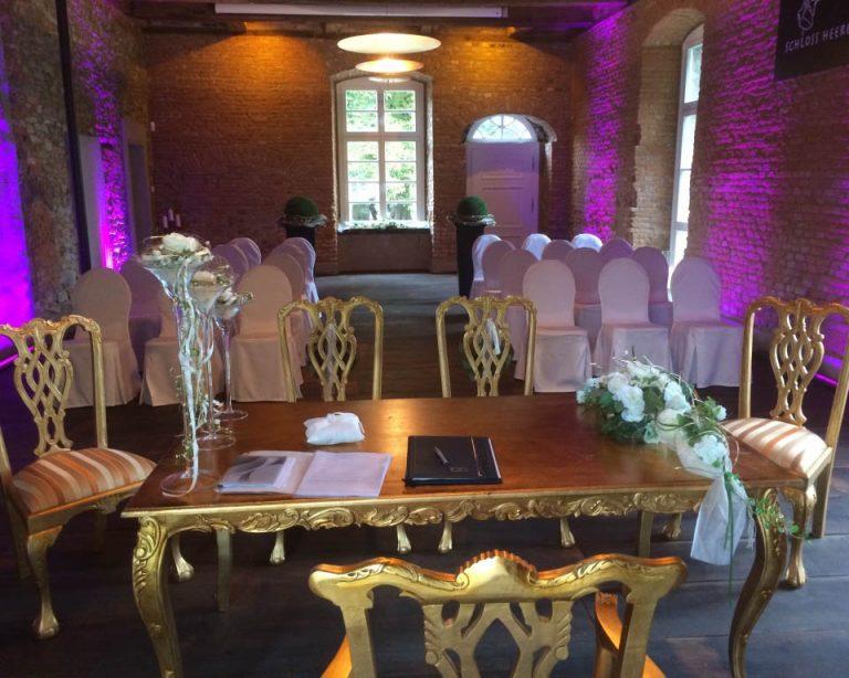 Schloss-Heeren-Hochzeit-Kamen-Dortmund-Standesamt-6-Trauung-Dortmund
